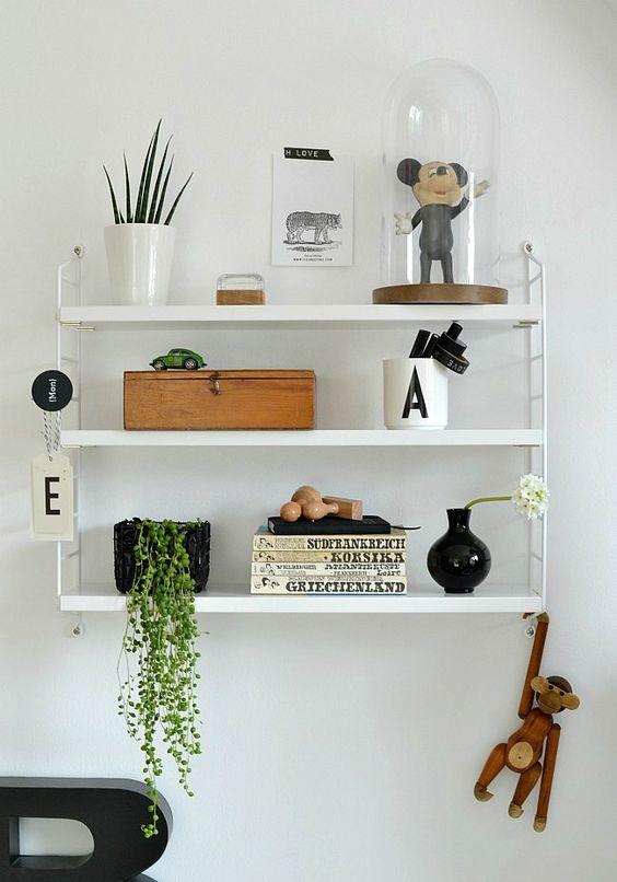 unsere klassiker das string regal alles was du brauchst um dein haus in ein zuhause zu. Black Bedroom Furniture Sets. Home Design Ideas